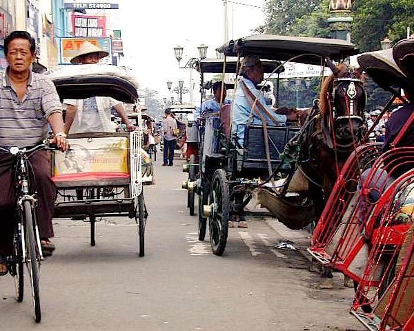 Yogyakarta 5 600x480 Sewa Mobil Dekat Malioboro Jogja rental mobil yogyakarta, sewa mobil yogyakarta