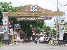 Sentra Kerajinan Manding Yogyakarta