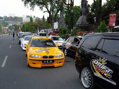 Rental Mobil Pariwisata Jogja on Sewa Mobil Jogja   Rental Mobil Jogja   Sewa Mobil Yogyakarta   Rental
