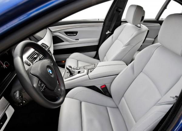 2013 BMW M5 interior rental mobil yogyakarta