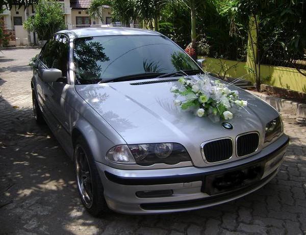 BMW 318 rental mobil pengantin rental mobil yogyakarta