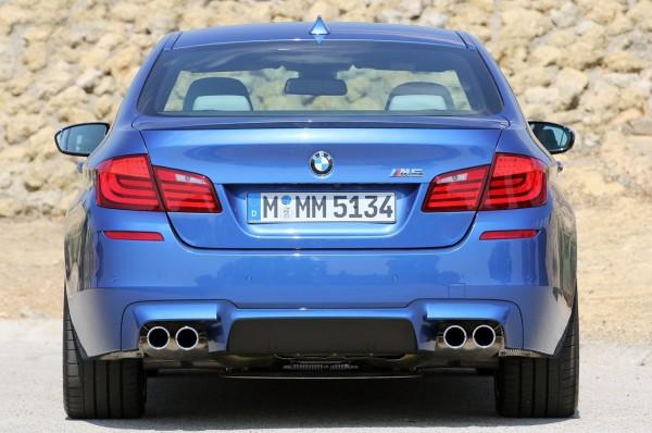 BMW M5 2013 sewa mobil jogja