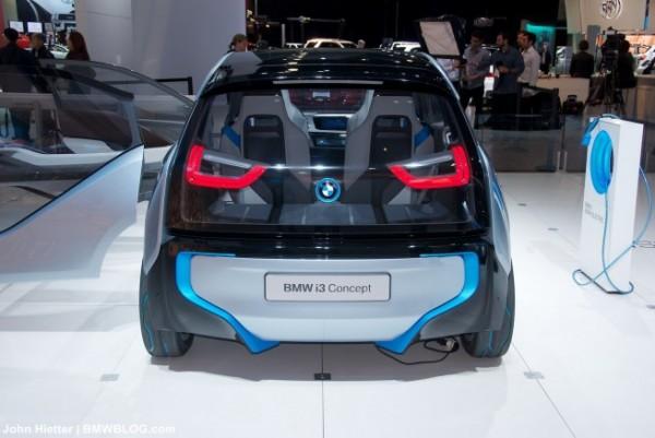 BMW i3 rental mobil yogyakarta