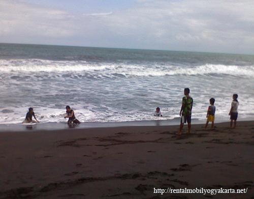 Pantai Pandansimo rental mobil yogyakarta