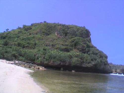 wisata pantai ngobaran yogyakarta