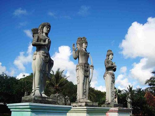 pantai ngobaran wonosari paket wisata yogyakarta