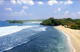 Pesona Pantai Sundak nan Elok