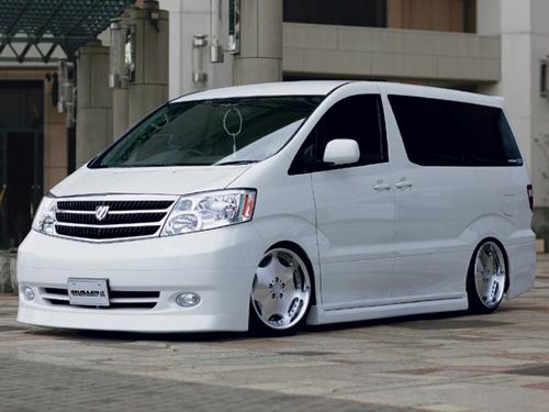 Toyota Alphard sewa mobil jogja