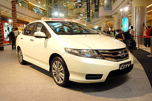 Mobil Honda City Terbaru 2012 rental mobil jogja