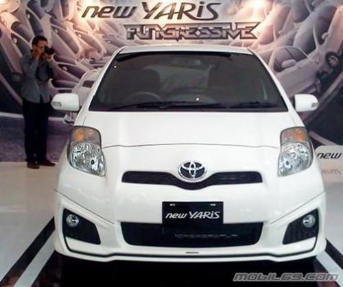 Mobil Toyota Yaris Terbaru 2012 sewa mobil jogja