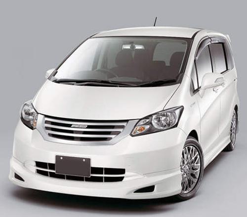 Honda Freed sewa mobil yogyakarta