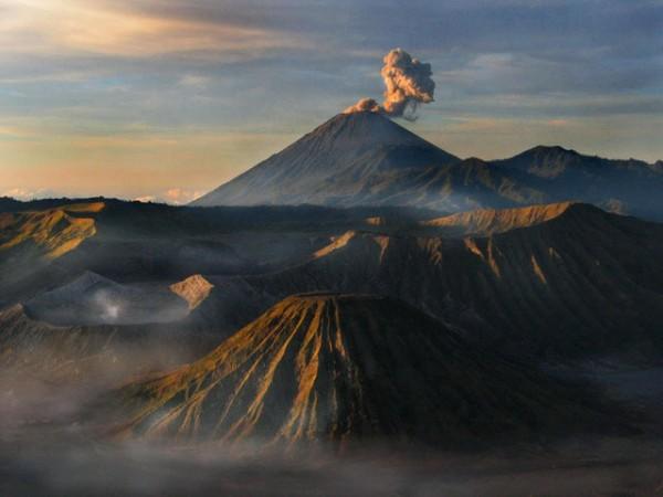 Bromo (sunrise)