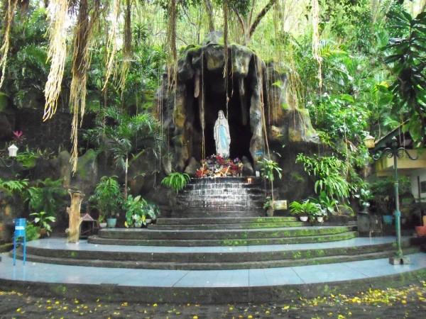 Goa Maria Sriningsih1