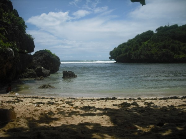 Pantai  Ngetun   Purwodadi