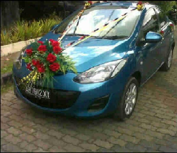 Mazda 2 Sedan Mobil Pernikahan