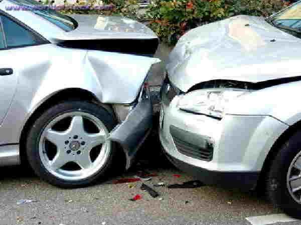 Mobil Berasuransi All Risk