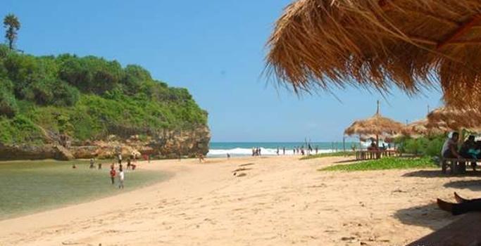 Pantai Drini Jogjakarta