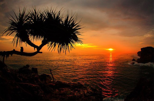 Alamat Pantai Krakal Yogyakarta