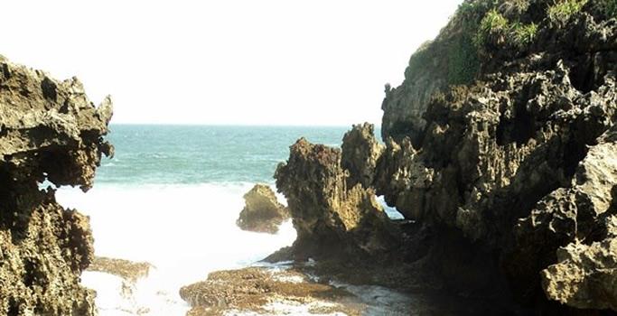 Pantai Ngusalan Jogja