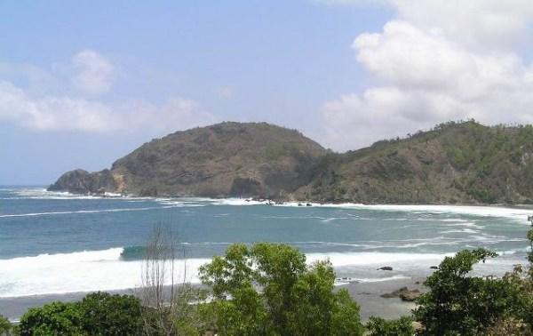 Pantai Wediombo Jogja