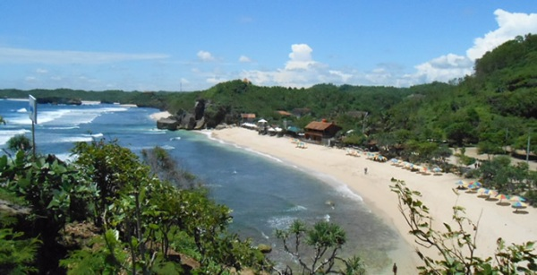 Pantai Indrayanti Gunung Kidul Jogja