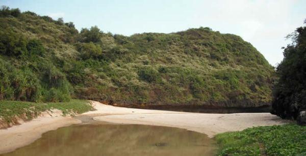 Pantai Sedahan Gunung Kidul Yogyakarta