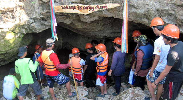 CAVING SI OYOT
