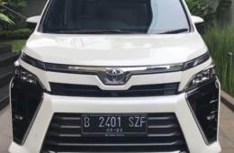 Toyota Voxy CVT Review Terbaru